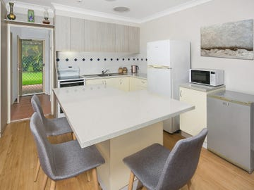 2/5 Herman Reick Avenue, Korora, NSW 2450