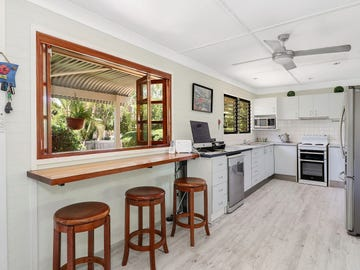 38 Bando St, Pacific Paradise, Qld 4564