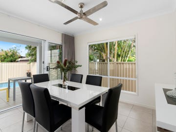 44 Seventh Avenue, Palm Beach, Qld 4221