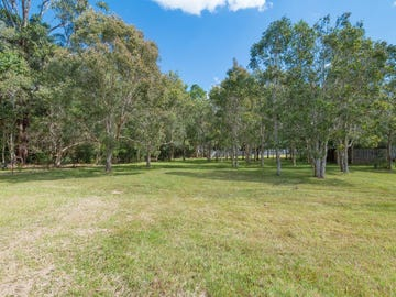 41 Lake Macdonald Dr, Cooroy, Qld 4563