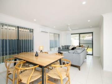 2/22 Thorncliffe Avenue, Thornton, NSW 2322