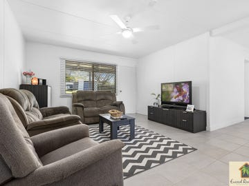 14 Bray Road, Mooloolah Valley, Qld 4553