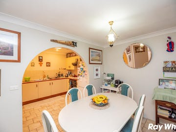1/7 Windsor Place, Tuncurry, NSW 2428