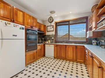 10 Stanfield Street, Long Gully, Vic 3550
