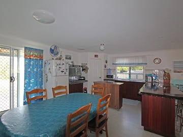 93 Bashford Street, Jurien Bay, WA 6516