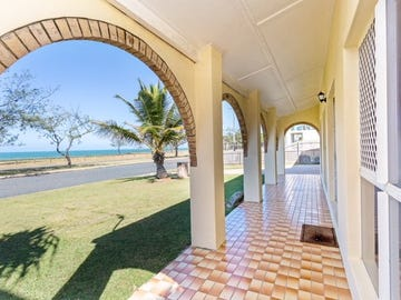 38. PACIFIC ESPLANADE, Slade Point, Qld 4740