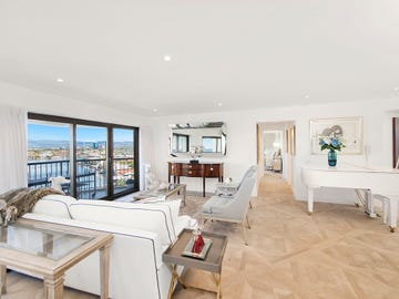 63/8 'Atlantis West' Admiralty Drive, Surfers Paradise, Qld 4217