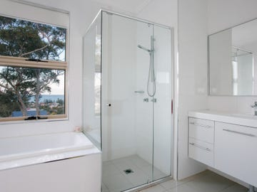 2/3 Seaview Terrace, Thirroul, NSW 2515