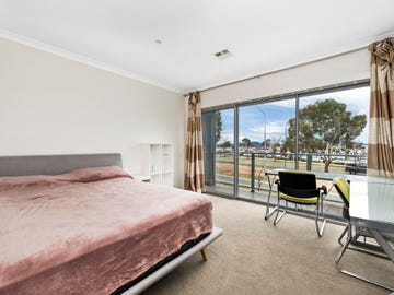 1/125 Anthony Rolfe Avenue, Gungahlin, ACT 2912