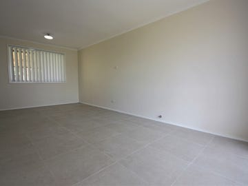 4 Colevile Place, Rosemeadow, NSW 2560