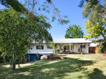 21 College Ave, Armidale, NSW 2350