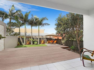 2/20 Orealla Crescent, Sunrise Beach, Qld 4567