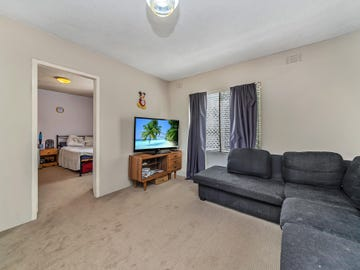 2/7 Brook Street, Queanbeyan, NSW 2620