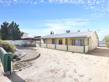 24 Barton Road, Tiddy Widdy Beach, SA 5571