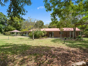 130 Wallace Road, Beachmere, Qld 4510