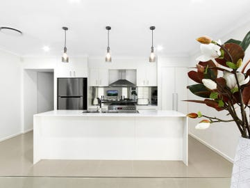 64 Lillydale Avenue, Gledswood Hills, NSW 2557