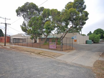 40 Water St, Brown Hill, Vic 3350