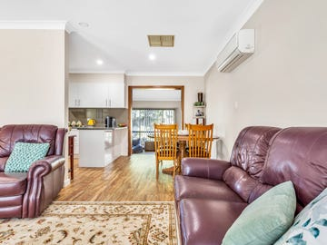 1/9 Gilbertson Avenue, Morphett Vale, SA 5162