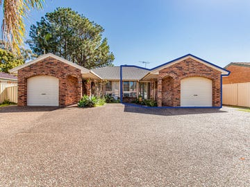 2/42 Benjamin Lee Drive, Raymond Terrace, NSW 2324