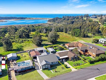 32 Andrew Ave, Tuross Head, NSW 2537