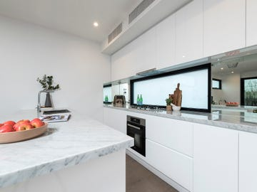 39 Bulla Road, Essendon North, Vic 3041