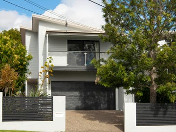 10 Russell Avenue, Norman Park, Qld 4170