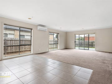 23 Cloudy Crescent, Point Cook, Vic 3030