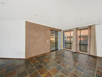 8 Sandstone Court, Delahey, Vic 3037