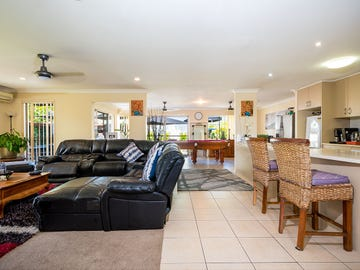 9 Oceanis Drive, Oxenford, Qld 4210