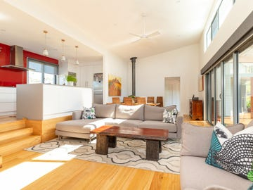 4 Spotted Gum Place, North Batemans Bay, NSW 2536