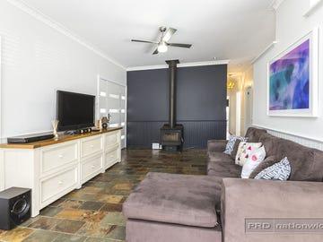 17 Fifth Street, Seahampton, NSW 2286