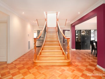 15 Renee Avenue, Endeavour Hills, Vic 3802