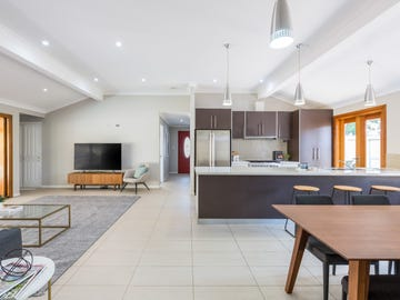 2 Minker Place, Forest Lake, Qld 4078