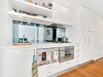 403 338 Kings Way South Melbourne Vic 3205