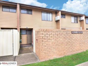 3/2C Bringelly Road, Kingswood, NSW 2747