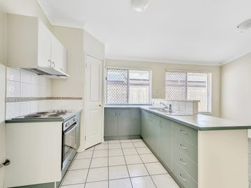 17 Bensley Place, Riverhills, Qld 4074