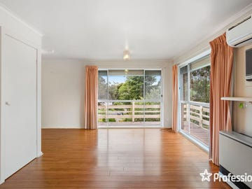 54 Fernhill Road, Mount Evelyn, Vic 3796