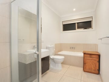 8A Tracey Terrace, Sunshine West, Vic 3020