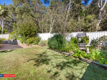 2/4 The Bridge, Corlette, NSW 2315