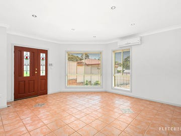 2/23 Poulter Street, West Wollongong, NSW 2500