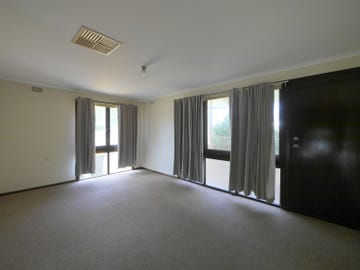 4 Karinya Street, Cowra, NSW 2794