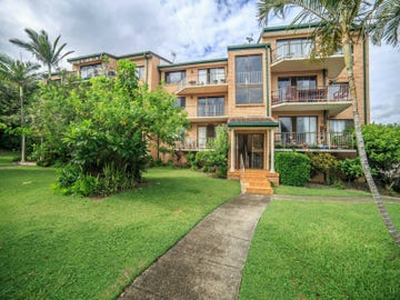8/2 Twenty Eighth Avenue, Palm Beach, Qld 4221