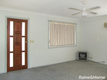 13 Boothby Street, Young, NSW 2594