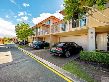 111/4 University Drive, Robina, Qld 4226