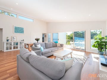 4 Forest Owl Crescent, Murrays Beach, NSW 2281