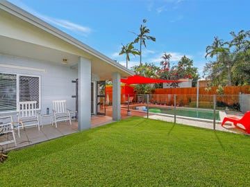 22 Bamboo Street, Holloways Beach, Qld 4878