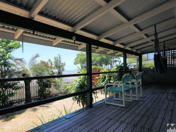 175 O'Shea Esplanade, Machans Beach, Qld 4878