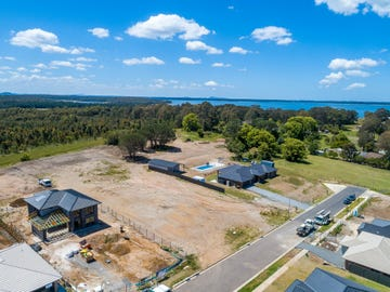 39 Lakeview Crescent, Raymond Terrace, NSW 2324