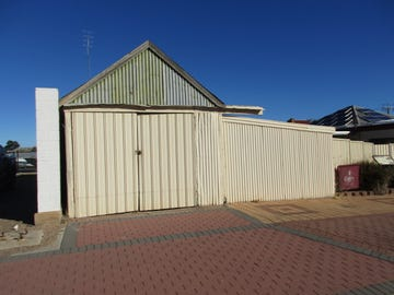 10  BAY STREET, Port Broughton, SA 5522