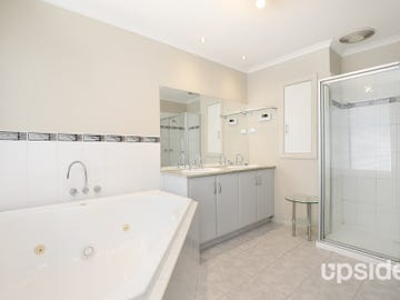 61 Waterview Lane, Cairnlea, Vic 3023